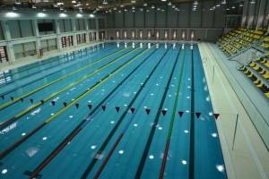 Cel mai modern bazin de înot din România se deschide la Braşov.